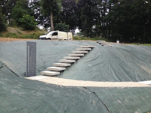 pr fa am nagement ext rieur jardiniere beton marche beton mur beton. Black Bedroom Furniture Sets. Home Design Ideas